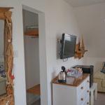 Room6_sideboard